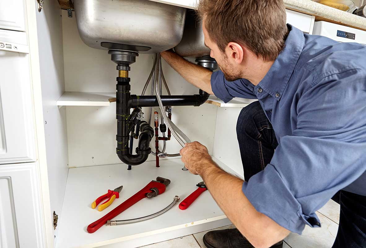 Things to look for when choosing a plumber