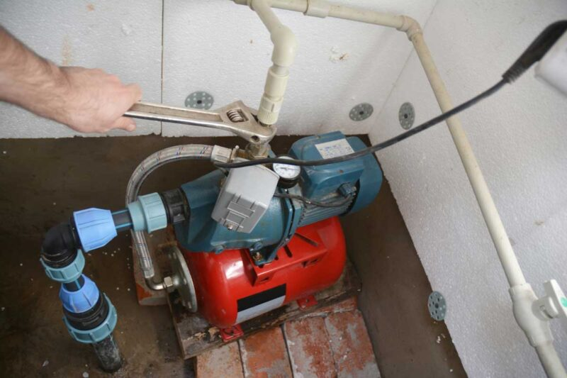 Signs to look for and ways to extend your well water pump's life